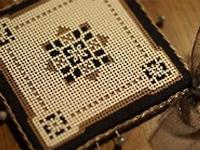 カルトンペルフォレ~厚紙で作る刺繍~