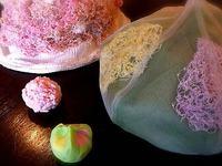 和菓子と帽子のコラボレーション展「春うらら」