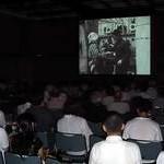 乙訓民青が蟹工船上映会 「まず声を上げること」