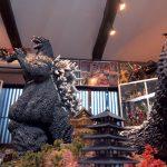 夢貫き堂々完成!! フィギュア大集合「たてくんミュージアム」 11月開館へ