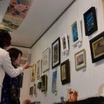 """""""9条""""守る願い作品に込めて ギャラリーかもがわで女性美術展、20日まで"""