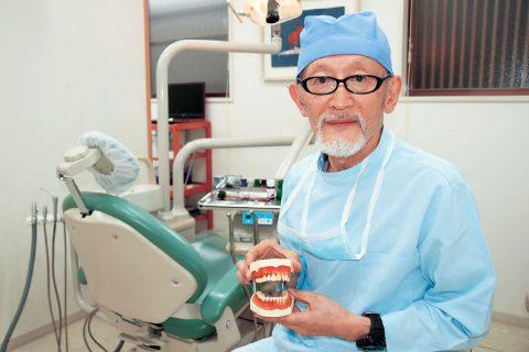 「保険で良い歯科医療を」京都連絡会・秋山和雄代表世話人に聞く/社会保障を良くする視点で